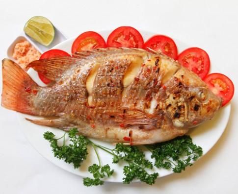 Cá diêu hồng nướng muối ớt