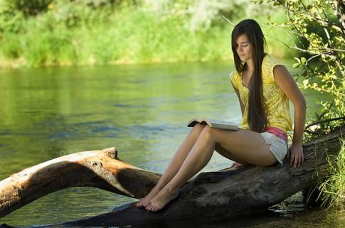 13 việc mà một cô gái khôn ngoan sẽ không làm khi yêu