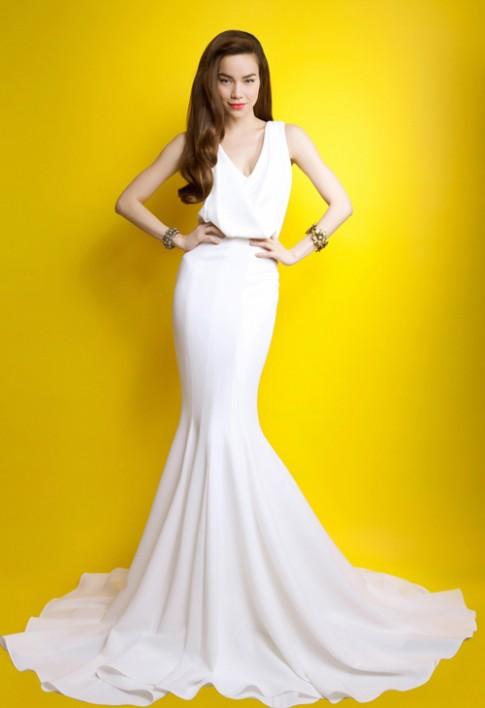 15 chiếc đầm dài đẹp nhất của sao Việt 2012