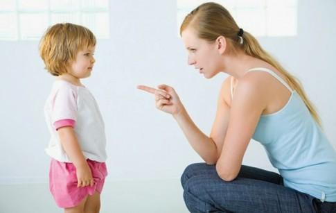 """3 lỗi """"kinh điển"""" cha mẹ thường mắc phải khi dạy con"""