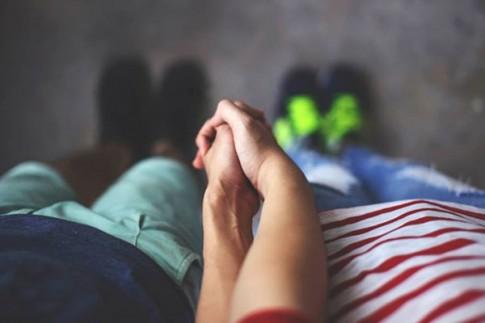 6 lợi ích khi yêu một chàng trai báo chí