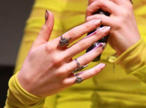 6 màu móng tay được yêu thích nhất 2013
