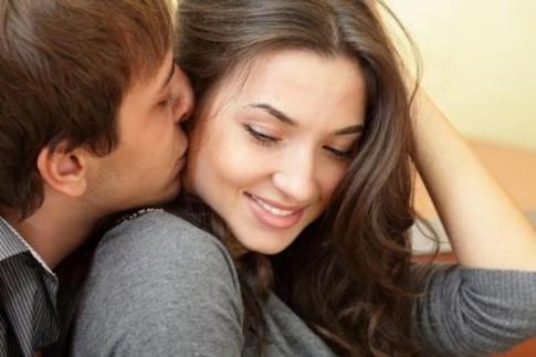"""7 câu nói """"rót mật"""" có sức mạnh hơn cả 3 từ """"em yêu anh"""""""