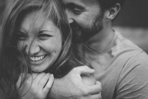 7 điểm khác biệt giữa cặp đôi trẻ con và cặp đôi trưởng thành