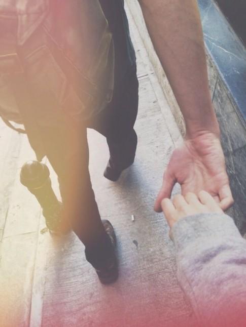 Anh ở đâu khi em cần anh nhất?