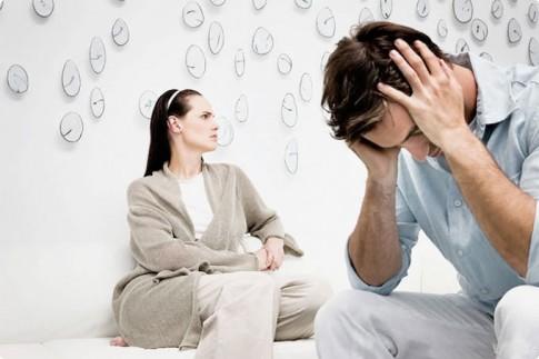 """Bí kịch của anh chồng bị vợ coi như """"cái bóng"""" trong nhà"""