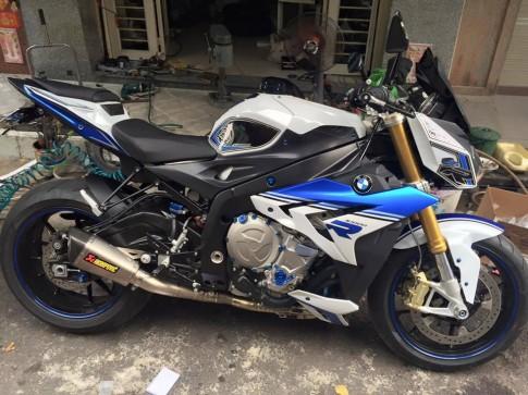 BMW S1000R độ đồ chơi Rizoma cực chất tại Việt Nam