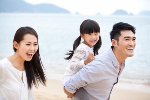 Bố mẹ Việt nói yêu con, chẳng qua là yêu chính mình?!
