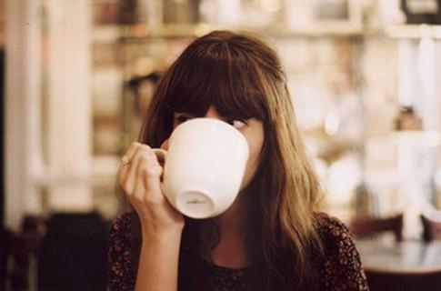 Cà phê một mình và những nỗi nhớ...