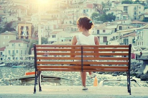 Cảm giác thế nào khi bạn buông tay người mà mình yêu?
