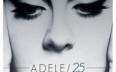 """Chia sẻ xúc động của Adele về album """"25"""" sắp ra mắt"""