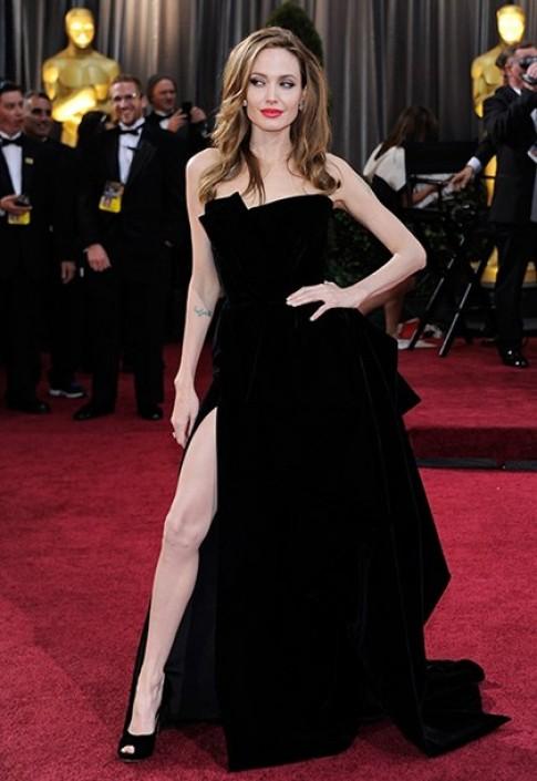 Chọn váy cho mỹ nhân Oscar 2013