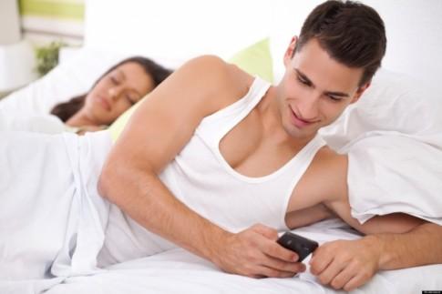 Chồng công khai thừa nhận có mối quan hệ với người khác
