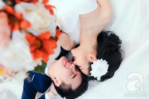 """Chuyện tình của cặp đôi trai xinh - gái đẹp và bộ ảnh cưới ấn tượng """"Hà Nội trong mắt ai"""""""