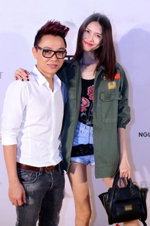 Công Trí mở tiệc mừng sô thời trang thành công