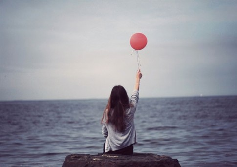 Cứ đi một mình nếu đủ dũng cảm...