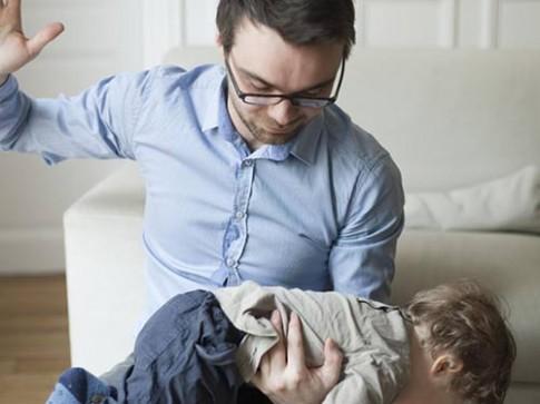 Đánh vào mông ảnh hưởng đến trí thông minh của trẻ