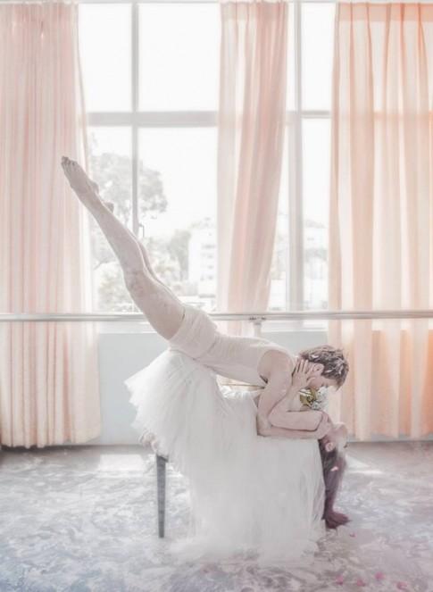 Dòng tin nhắn siêu cute và chuyện tình trên từng bước nhảy của cặp đôi vũ công