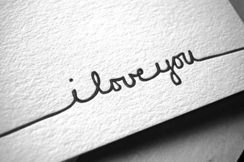 Đừng hỏi khi nào anh sẽ chán em nhé! Chỉ cần biết là anh rất yêu em...