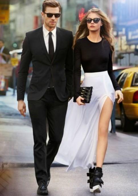 Em không cần yêu một người luôn ở bên cạnh, mà chỉ cần người đó cùng em đi đến cuối con đường...
