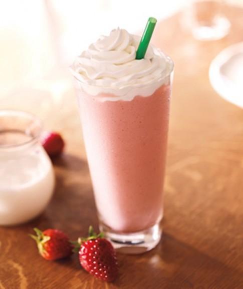 Frappuccino dâu mát lạnh đã khát cho mùa hè