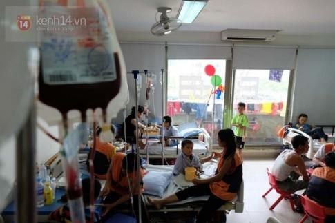 Giải đáp thắc mắc tại sao máu nhân đạo mà bệnh nhân vẫn phải trả tiền mua?
