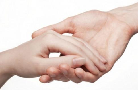 Giải mã vị trí những nốt ruồi may mắn trên bàn tay
