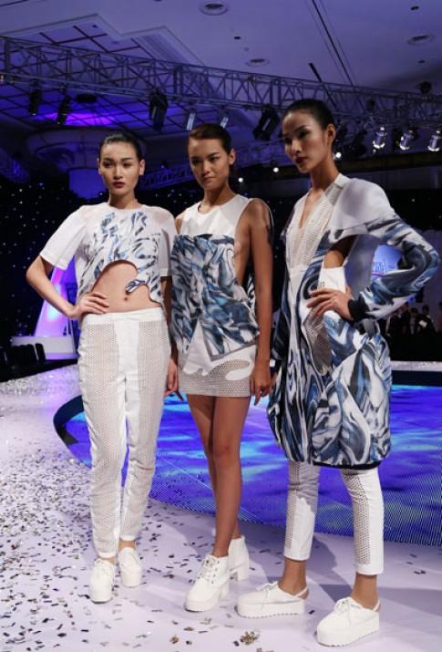 Giang Tú đoạt giải nhất thiết kế Thời trang thuần khiết