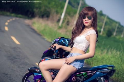 Girl Tây Ninh Khoe Dáng Cùng Exciter Movista