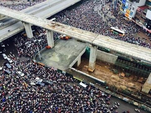 Hà Nội: Hình ảnh ùn tắc kinh hoàng trong buổi sáng cao điểm ở ngã 4 Khuất Duy Tiến