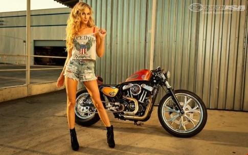 Harley Davidson Forty-Eight độ Cafe Racer siêu ngầu bên người mẫu cá tính