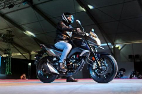 Honda CB Hornet 160R chính thức trình làng với giá 27 triệu đồng
