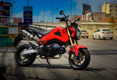 Honda MSX độ đơn giản với những món đồ chơi hàng hiệu