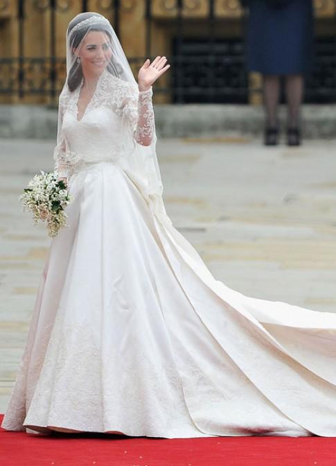 Kate Middleton - công nương chuộng váy Alexander McQueen
