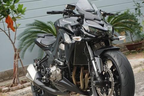 Kawasaki Z1000 2015 độ siêu ngầu của một biker Việt
