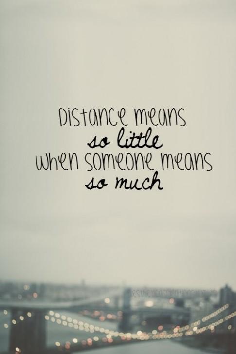 Khoảng cách sẽ không xa nếu ta xem nhau là tất cả!