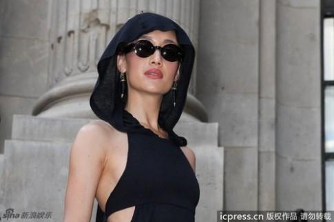 Maggie Q, Châu Tấn mỗi người một vẻ với váy đen
