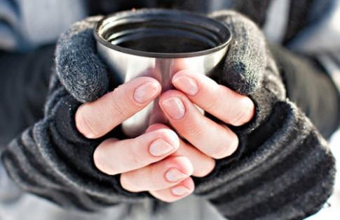 Mẹo chăm sóc móng tay mùa đông