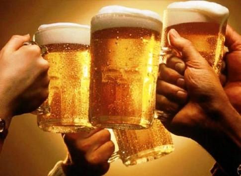 Mẹo trị dị ứng bia cho các quí ông hay la cà