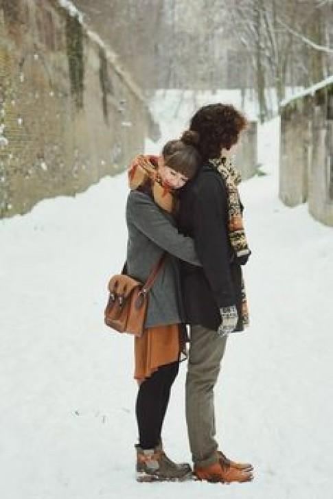 Mùa đông dễ khiến con người ta mủi lòng và sợ cô đơn...
