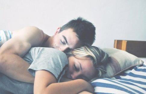 Nếu thực sự yêu em, hãy giữ em lại anh nhé!