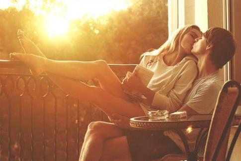 Ngược nắng đón tình yêu...