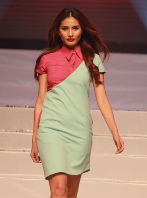 Người mẫu trình diễn trang phục Thu Đông