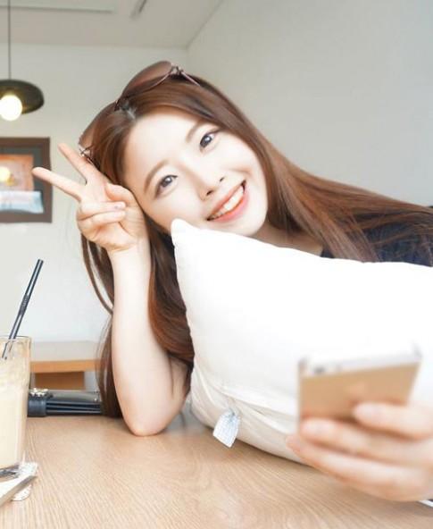 Nhan sắc xinh đẹp như hot girl của nữ CEO trẻ nhất Hàn Quốc