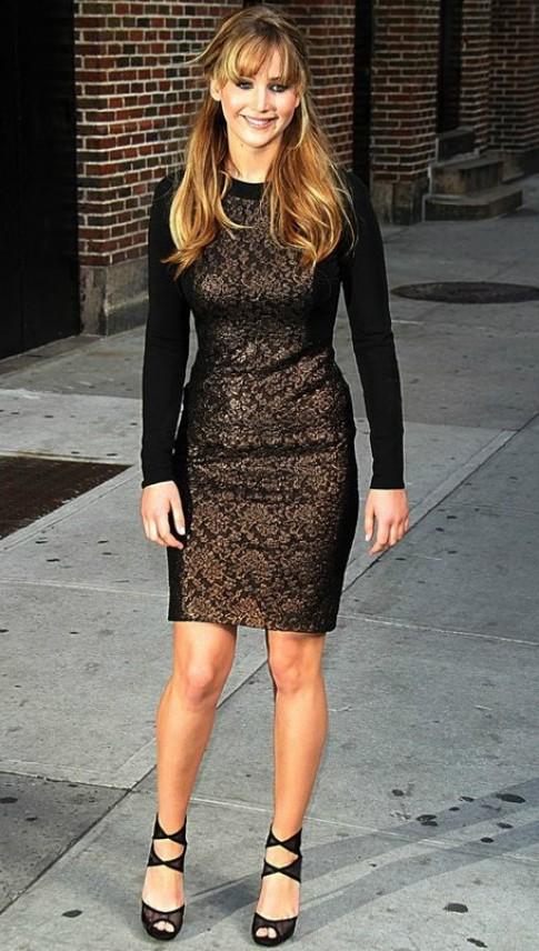 Những bộ váy đẹp nhất của Jennifer Lawrence (2)
