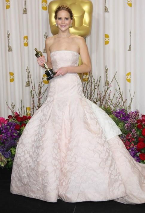 Những bộ váy đẹp nhất của Jennifer Lawrence