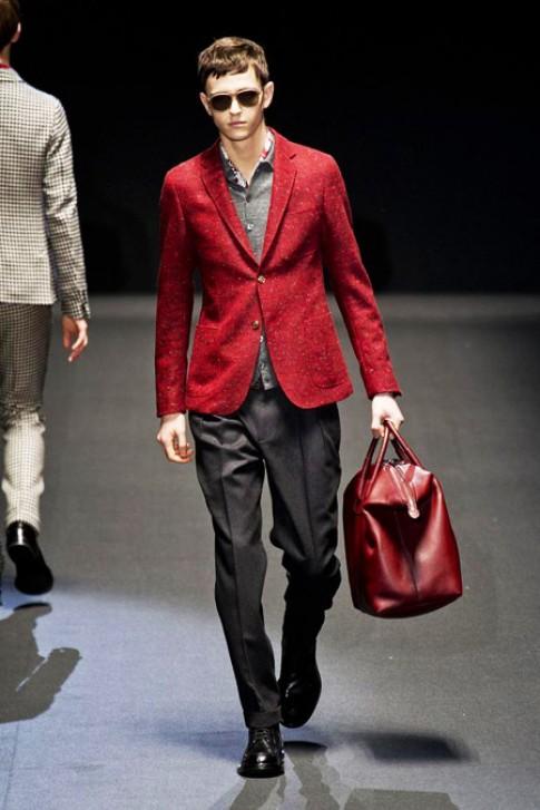 Những cách mặc đẹp với màu đỏ cho nam giới (tiếp)