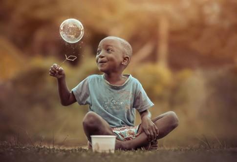 Những khoảnh khắc ấu thơ hạnh phúc