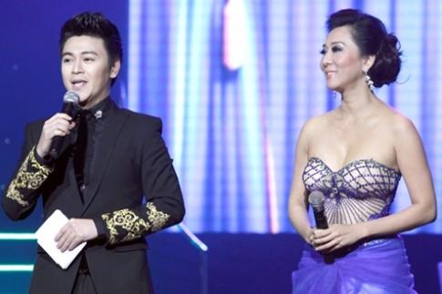 Phan Anh mặc vest giống Lee Min Ho