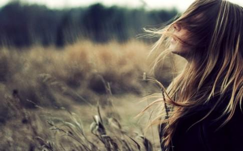 Phụ nữ mà không tự thương lấy mình thì khổ suốt đời...